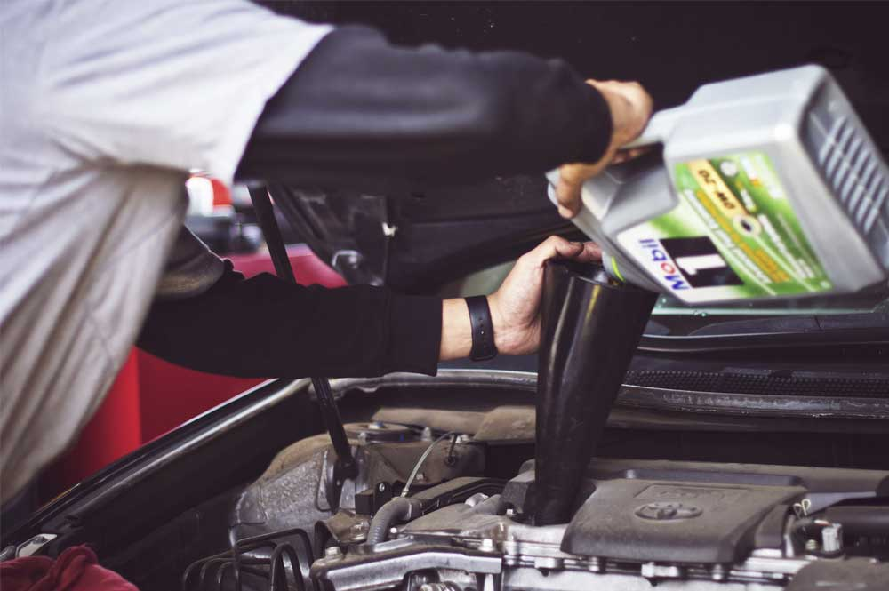 Servicing and Maintaining a Car: Everything you need to know